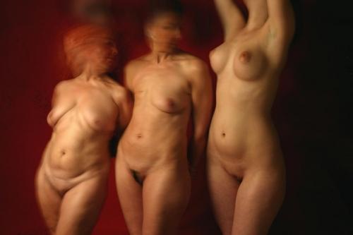 3 dones 01